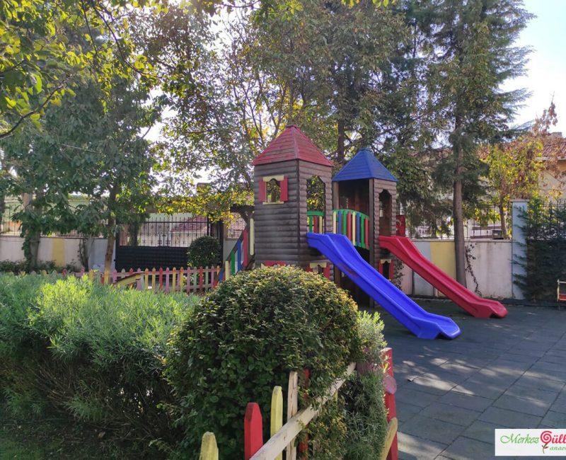 Merkez Gülleri Anaokulu Oyun Parkı Alanı
